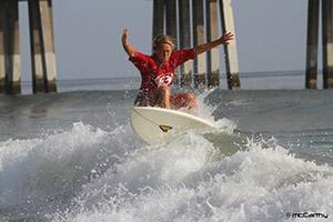 surfer-easternsatjennettespier
