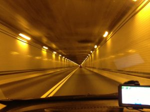 photo-inside-tunnel-lights-motion-blur-effect