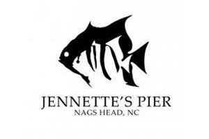 family-fishing-at-jennettes