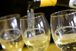 coastal-provisions-market-wine