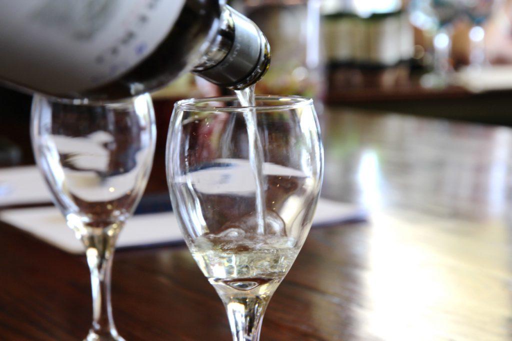 bacchus-white-wine-corolla-nc